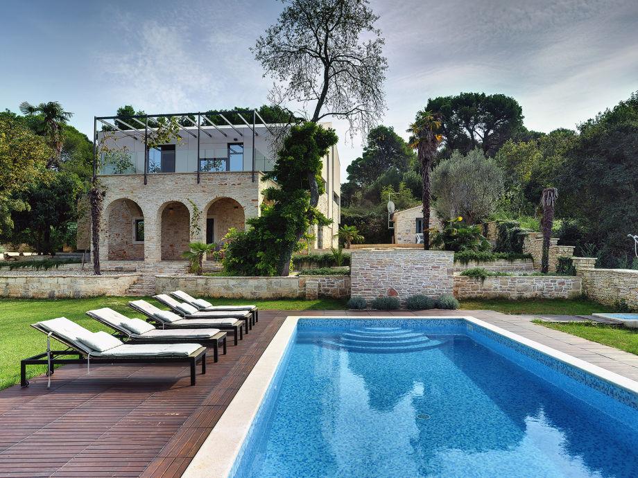 Villa in Pula