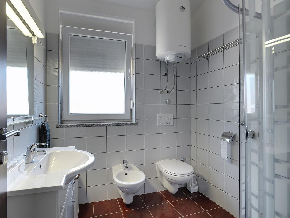 ferienhaus duplex villa elena li njan istrien firma. Black Bedroom Furniture Sets. Home Design Ideas