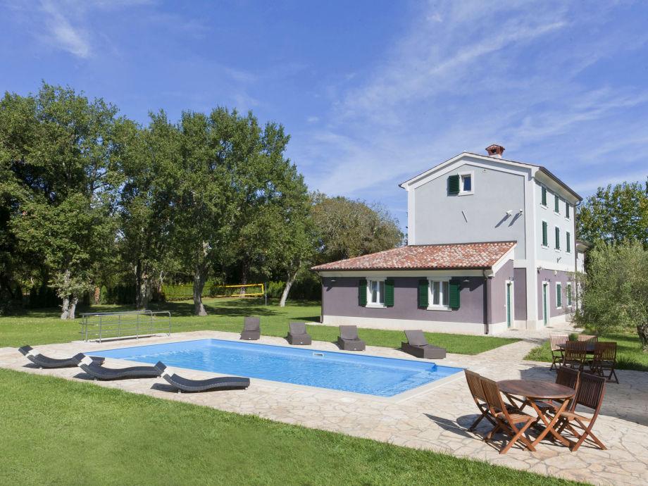 Ferienhaus mit dem Pool