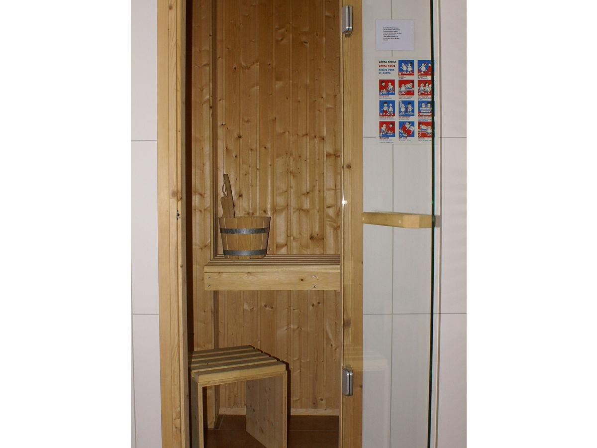 ferienwohnung seeanemone l becker bucht birgit wallburg. Black Bedroom Furniture Sets. Home Design Ideas
