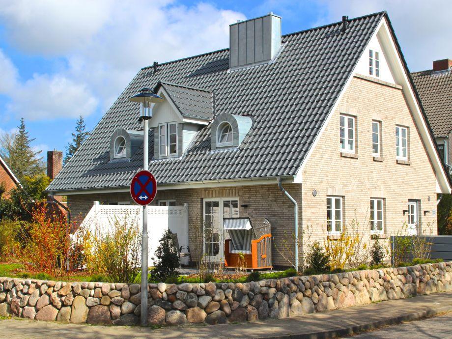 Nagelneu. Ferienhaus 1a im Wiesenweg in Wyk.