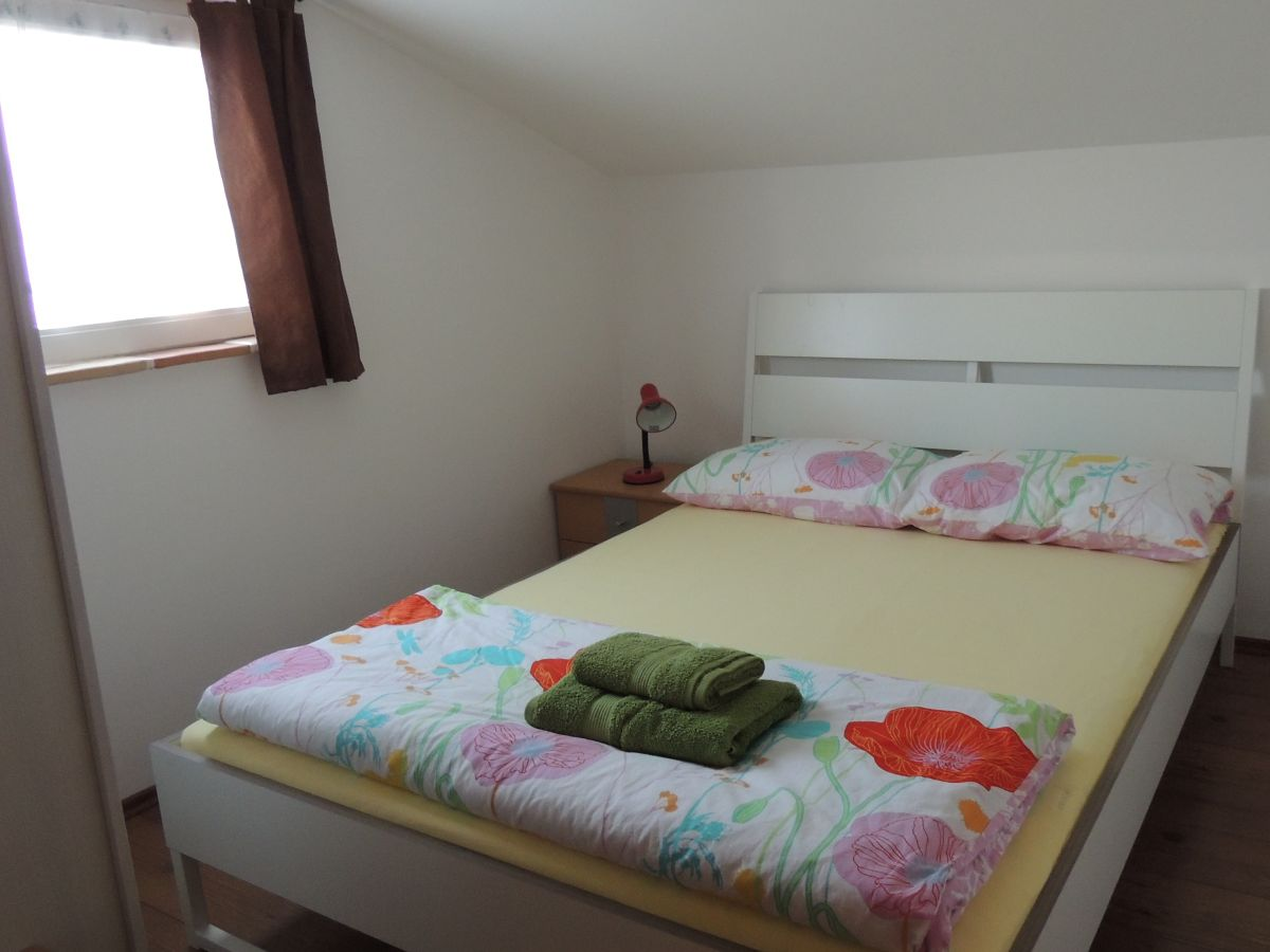 ferienwohnung armin porec firma turisticki obrt aida aida tours herr amer a kin. Black Bedroom Furniture Sets. Home Design Ideas