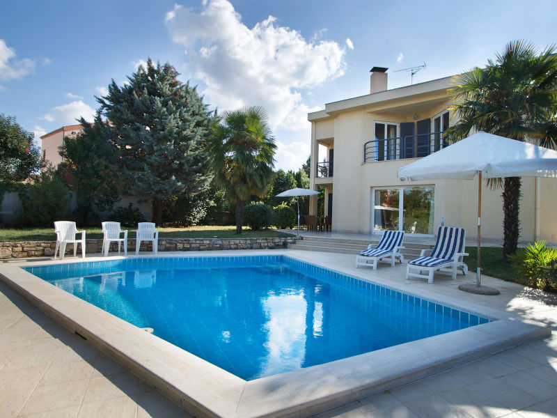 Ferienwohnung Gala Premium mit Pool