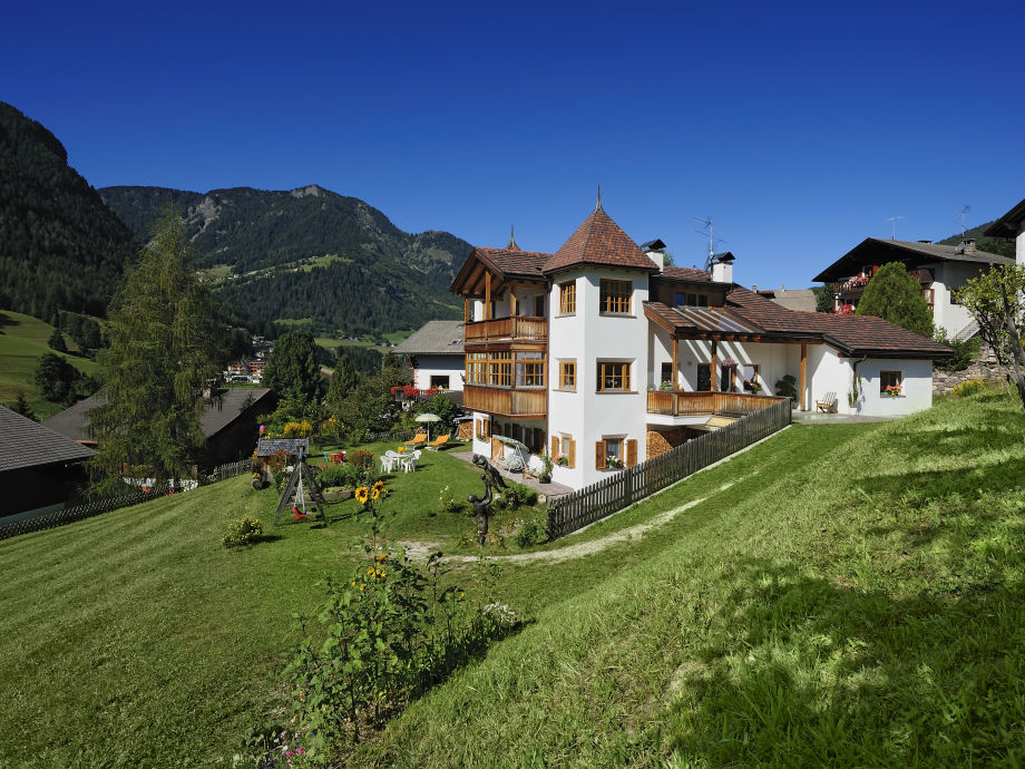 Apartments Agnes im Sommer