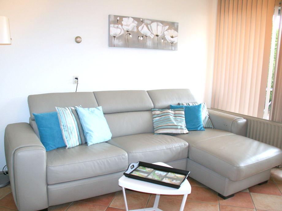 apartment schorrebloem 50 zeeland nieuwvliet firma. Black Bedroom Furniture Sets. Home Design Ideas