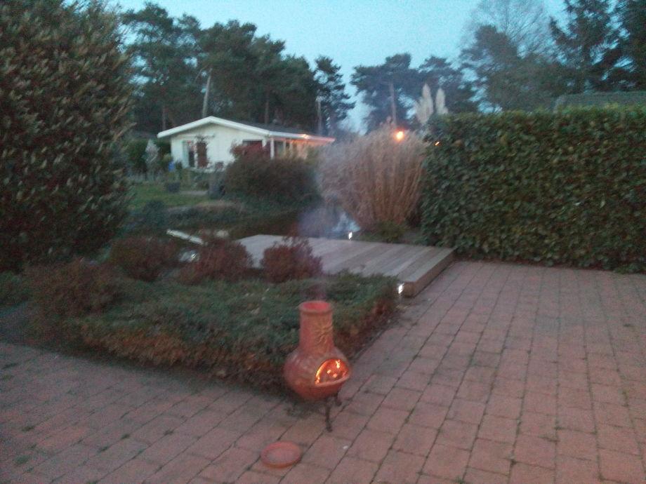 Terrasse mit Feuerbecken