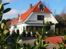 Ferienhaus Ferienhaus Ostseetraum, 170 Meter zum Strand