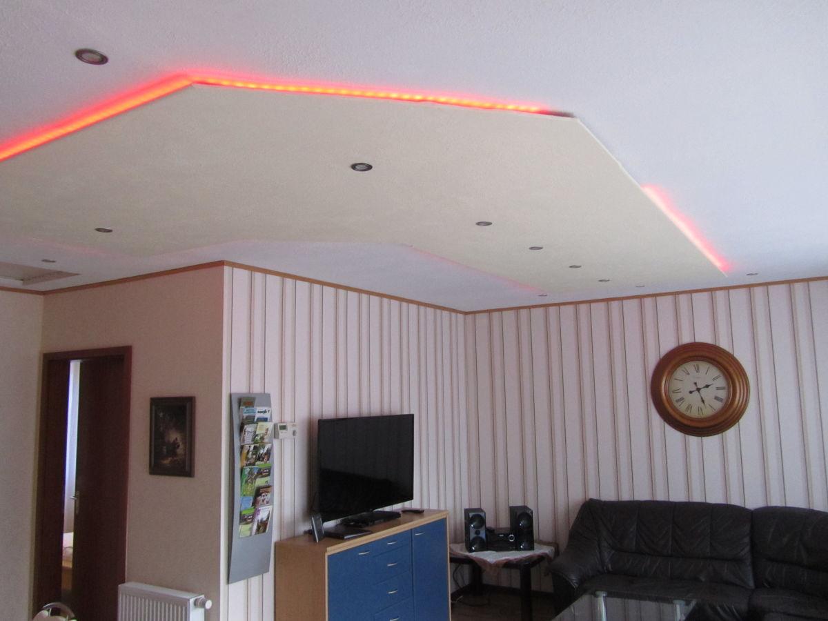decke fur sternenhimmel 094642 neuesten ideen f r die. Black Bedroom Furniture Sets. Home Design Ideas