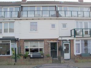 Apartment Karion