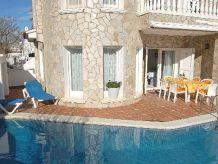 Ferienhaus Casa Medes mit Pool u. Klima, am Kanal