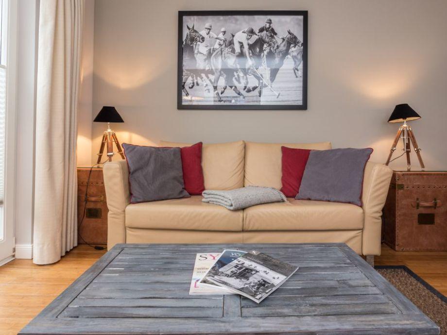 HDV/04 - Wohnzimmer mit Terrasse
