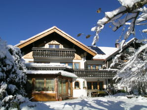 Ferienwohnung Pia im Haus Schraudolf