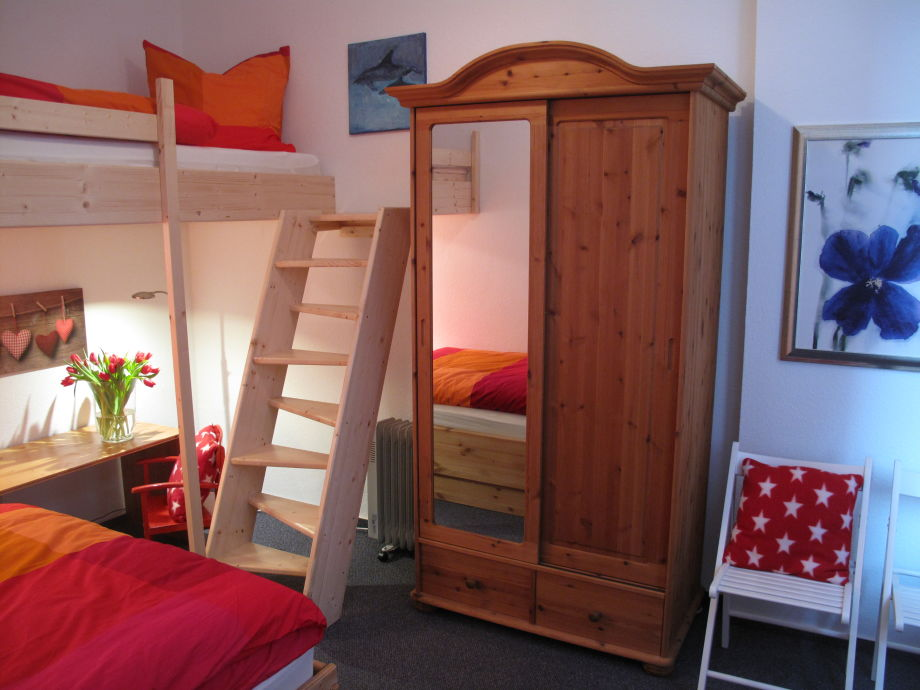 ferienwohnung 3 im nordseehus borkum frau ursula b sing. Black Bedroom Furniture Sets. Home Design Ideas