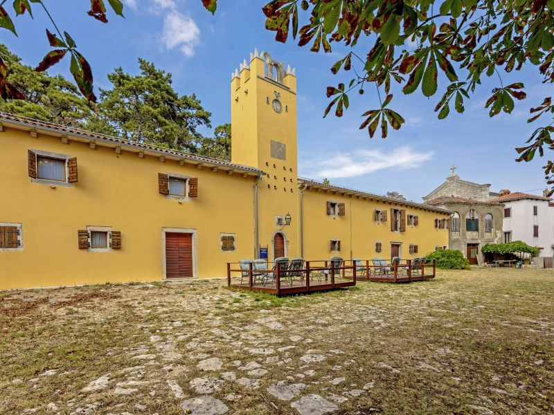 Pension Kastel Pineta