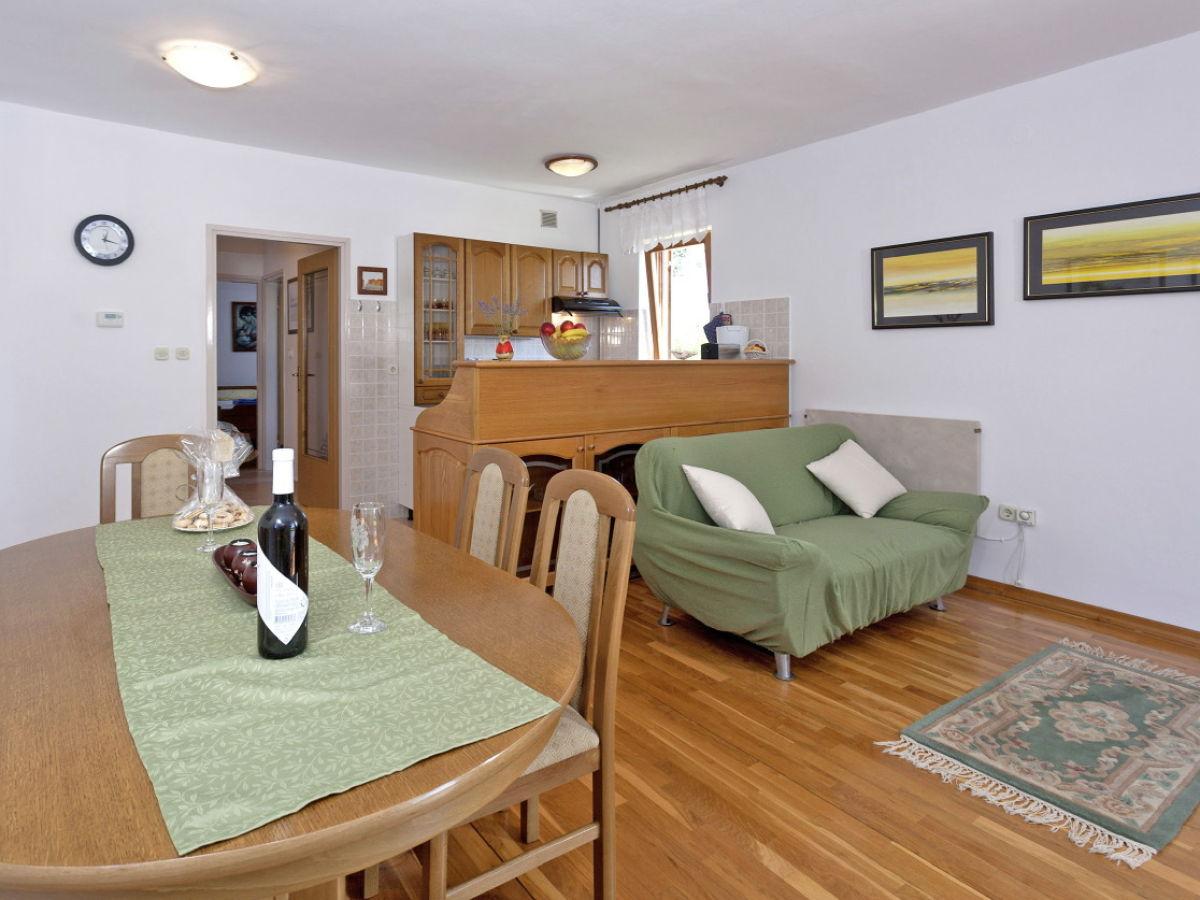 ferienhaus nela istrien rabac firma i d riva tours gmbh frau nicole nagl. Black Bedroom Furniture Sets. Home Design Ideas