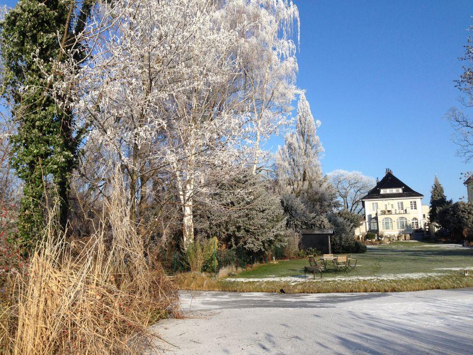 Winterstimmung im Garten des Buddenbrooks