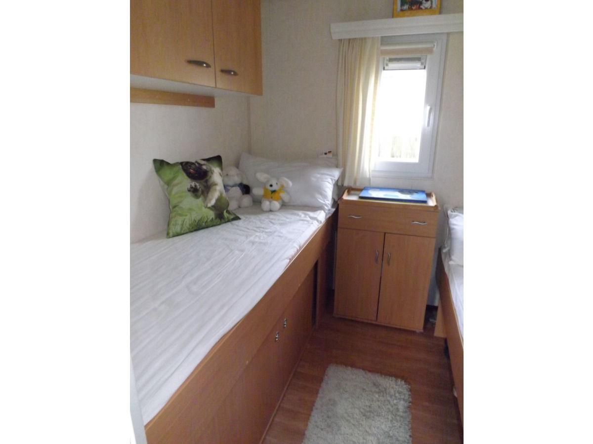 chalet doll kamperland zeeland rompoot oosteeschelde. Black Bedroom Furniture Sets. Home Design Ideas