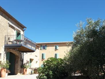 Apartment Château Moyau