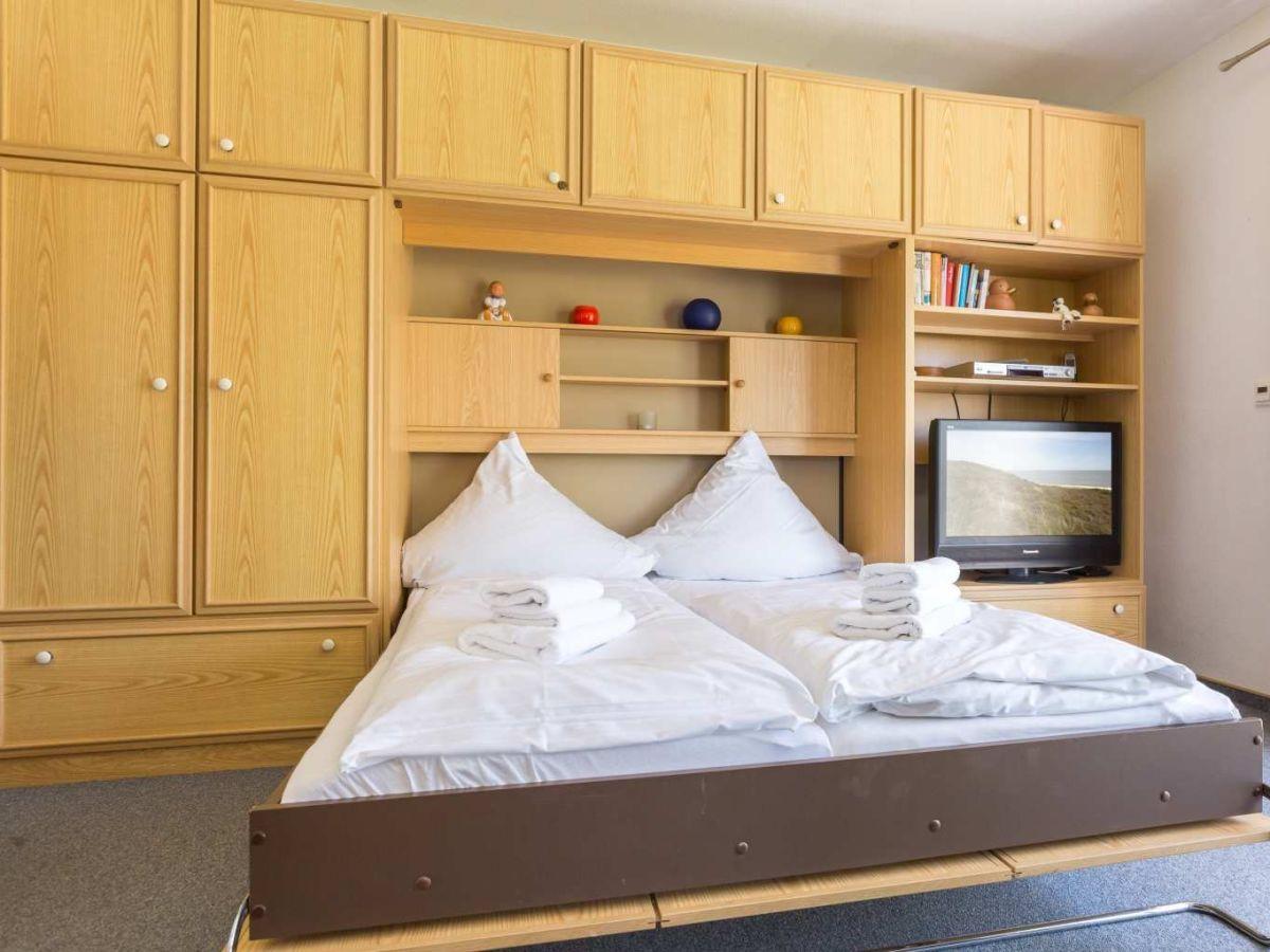 ferienwohnung 2 im haus westmarken id 113 st peter. Black Bedroom Furniture Sets. Home Design Ideas