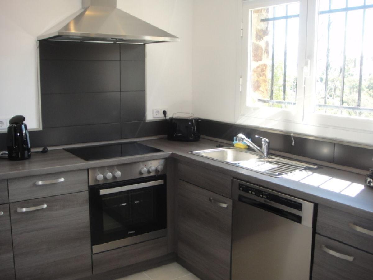 Ferienhaus casa xipres costa brava platja d 39 aro firma for Wohnzimmer eingerichtet