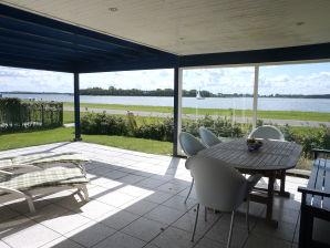 Ferienhaus mit Blick auf das Veerse Meer