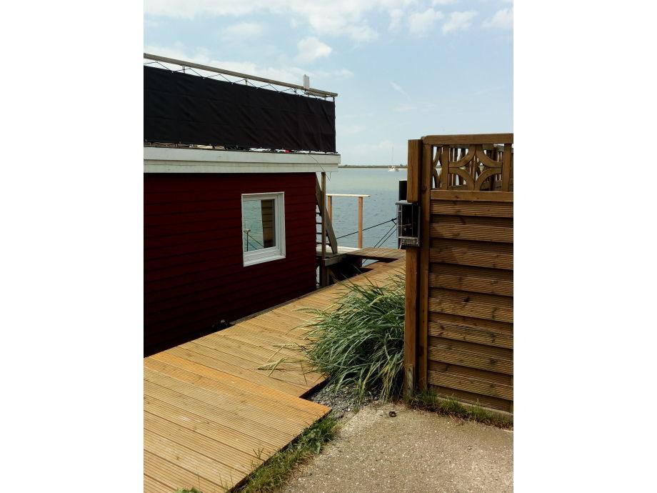 hausboot sealodge ii kieler bucht firma waterkant living frau anette lange. Black Bedroom Furniture Sets. Home Design Ideas