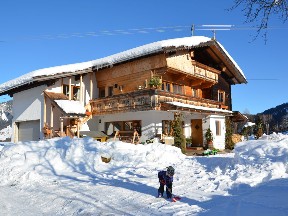 Thumahof Nebenhaus im Winter