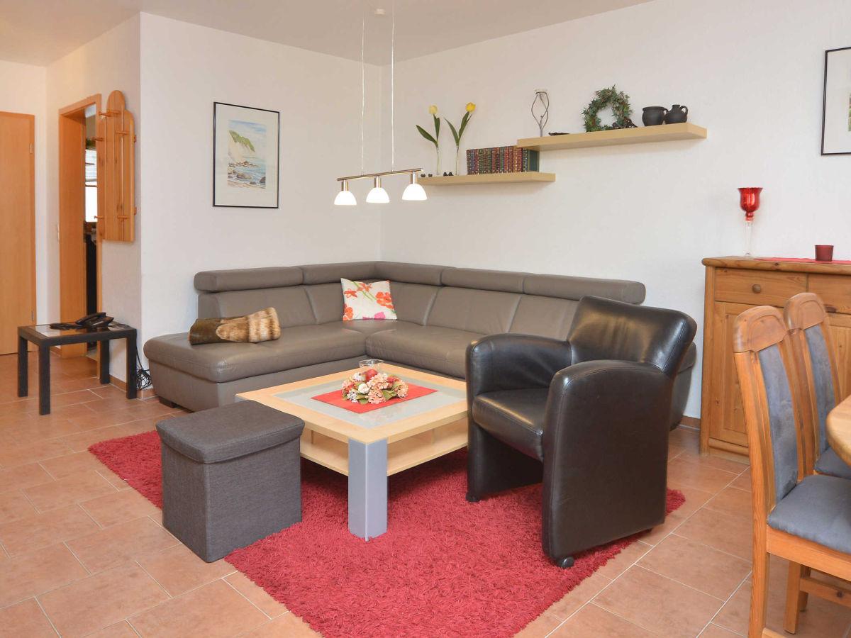 Klettergerüst Wohnzimmer : Leuchtend roten klettergerüst fototapete u fototapeten