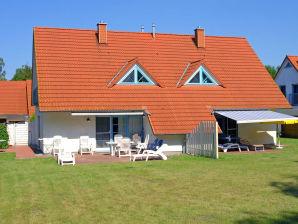 """Ferienhaus 12/T6 Ferienwohnpark """"Freesenbruch"""""""