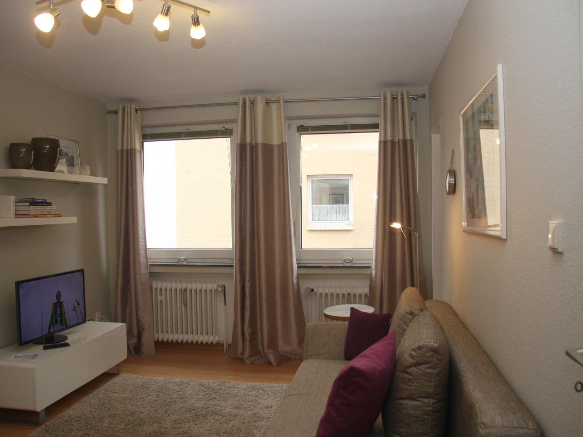 ferienwohnung marienstr 5 sylt firma sylter appartement herr bastian freddrich. Black Bedroom Furniture Sets. Home Design Ideas