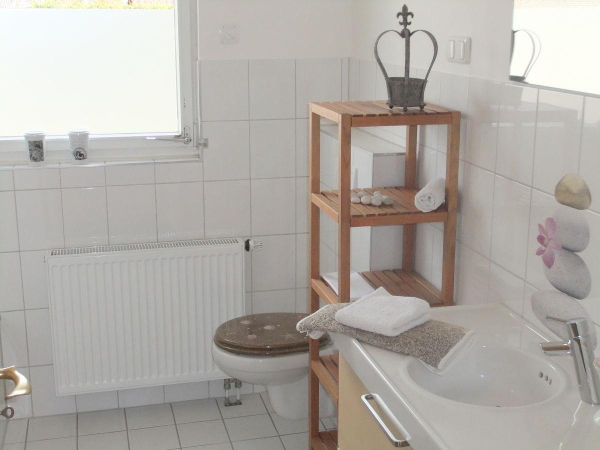 Ferienhaus haus eifel naturpark nordeifel aachen d ren herr dieter becker - Badezimmer aachen ...
