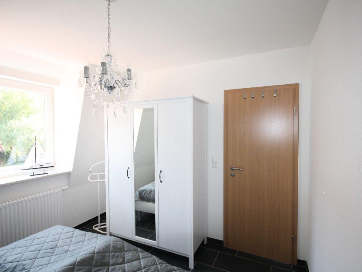ferienwohnung wattlooper norddeich firma vermietungsservice gerhard folkerts frau tanja folkerts. Black Bedroom Furniture Sets. Home Design Ideas