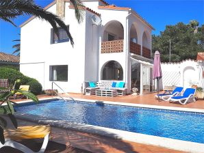 Holiday apartment DON ALFREDO f. 2-4 pers. with POOL