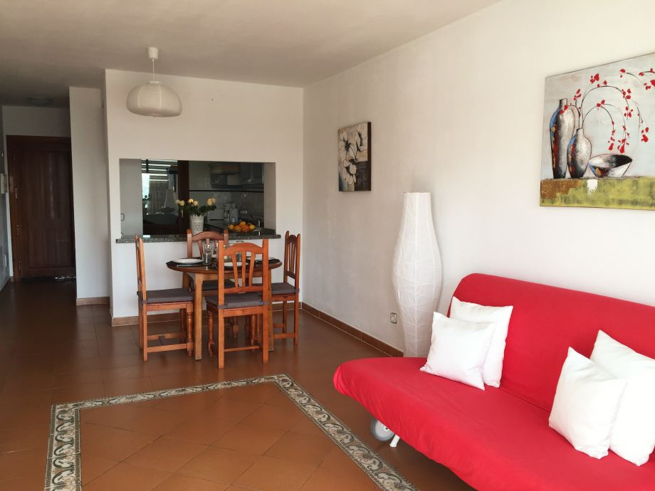 ferienwohnung casa tanja mit pool klimaanlage w lan. Black Bedroom Furniture Sets. Home Design Ideas
