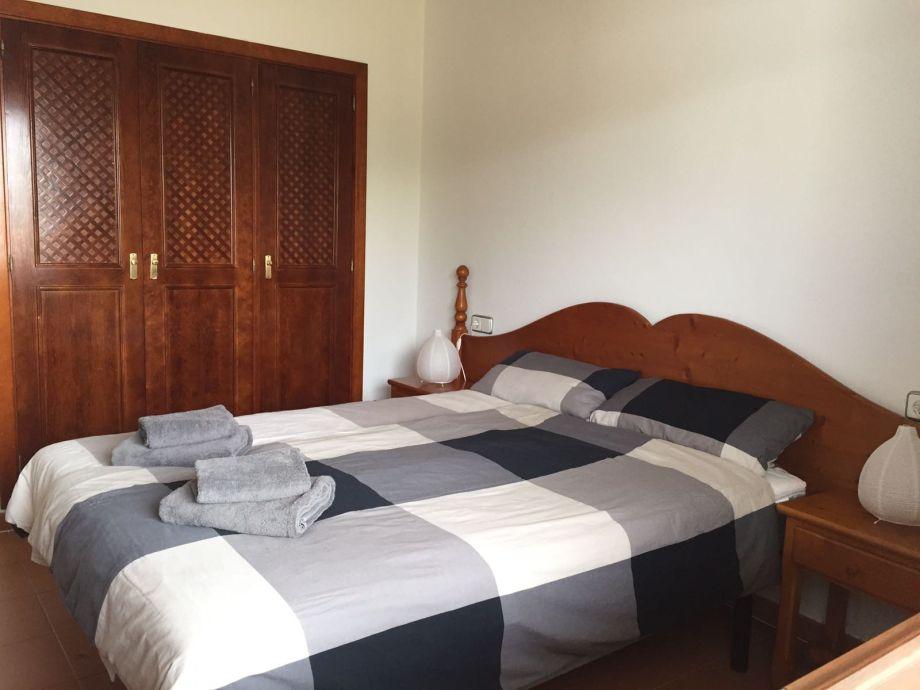Traum schlafzimmer mit pool  Ferienwohnung CASA TANJA mit Pool, Garten, Klimaanlage, W-LAN ...