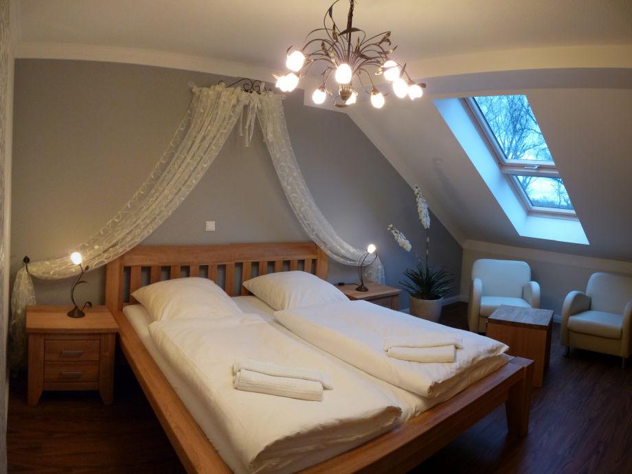 ferienwohnung we 17 im jagdschloss hohen niendorf ostseebad k hlungsborn frau andrea burfeind. Black Bedroom Furniture Sets. Home Design Ideas