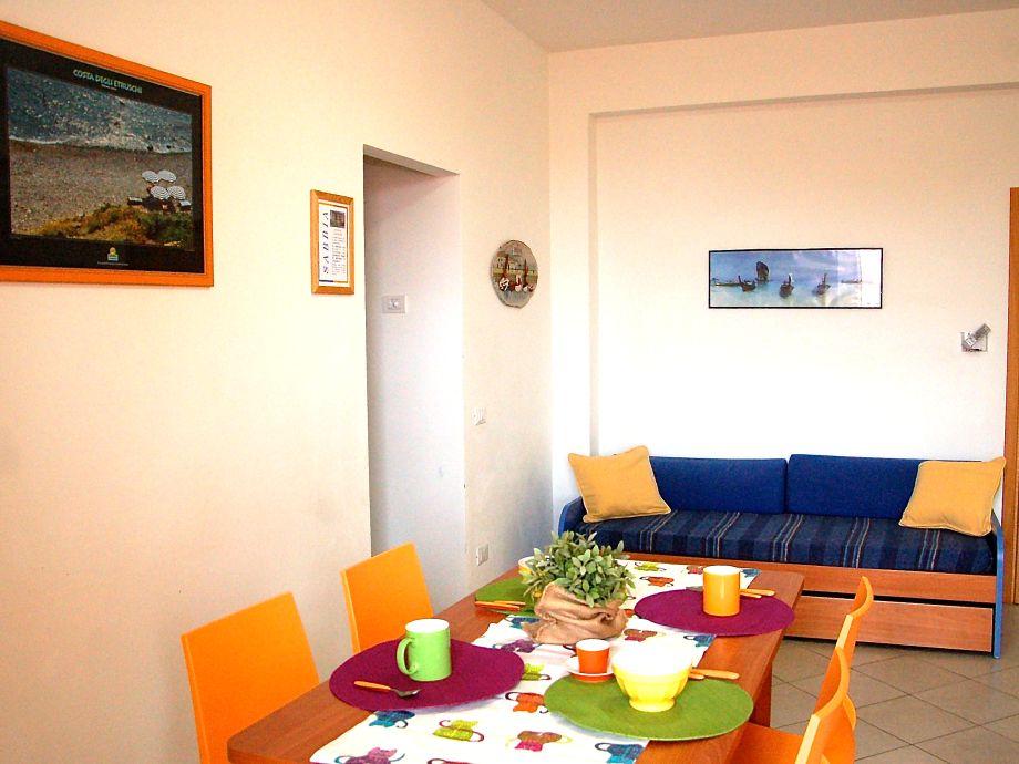 Das Wohnzimmer mit Küchenzeile