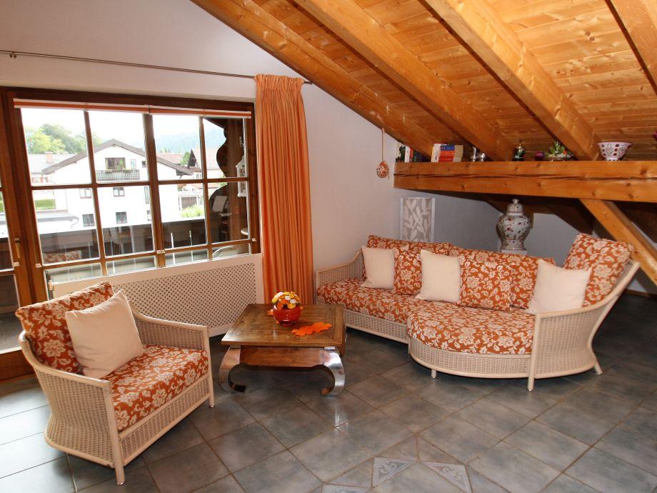 Wohnzimmer mit individueller Einrichtung