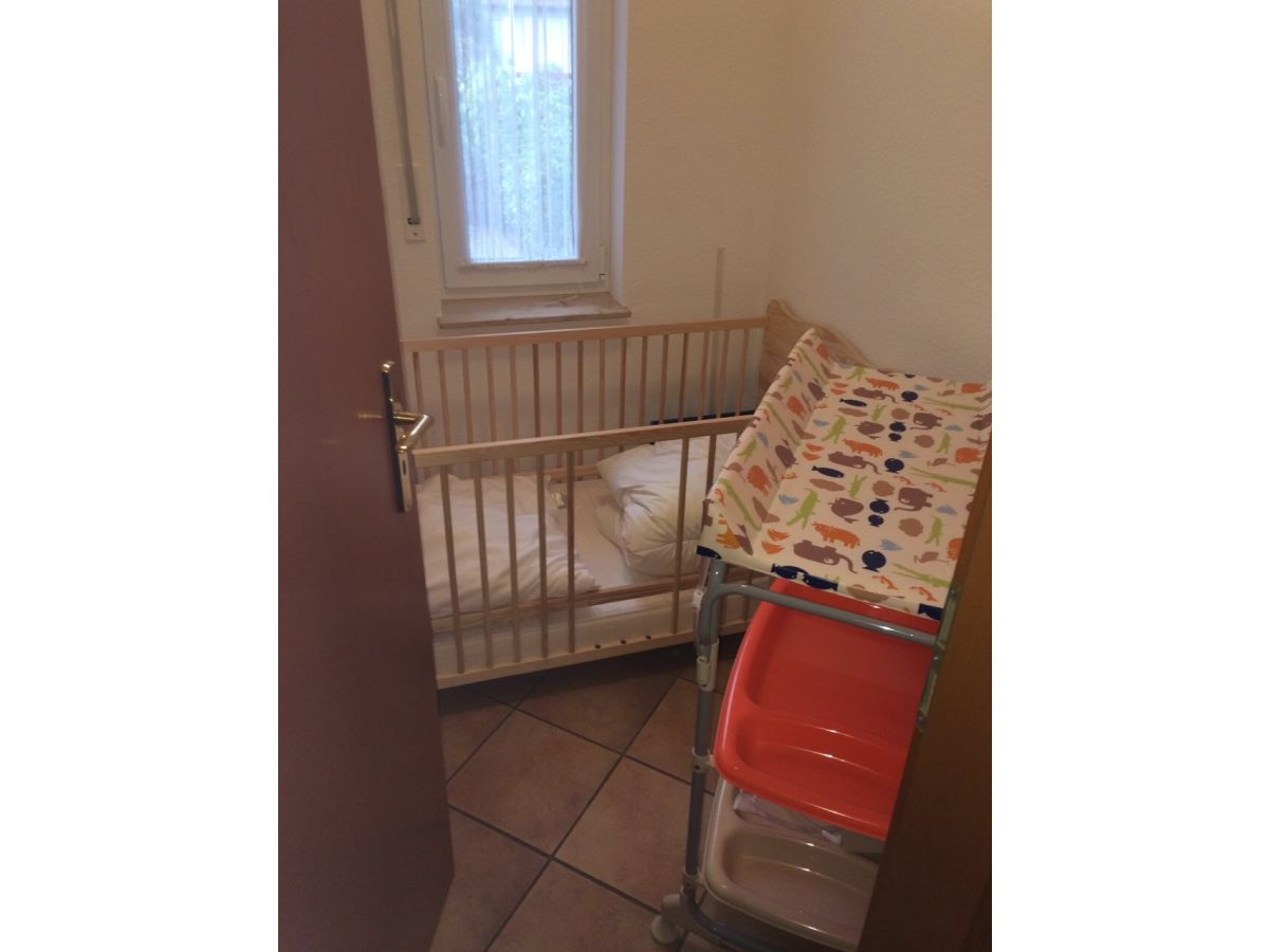 Ferienwohnung mit erker nah am zingster hafen zingst - Kleines babyzimmer ...