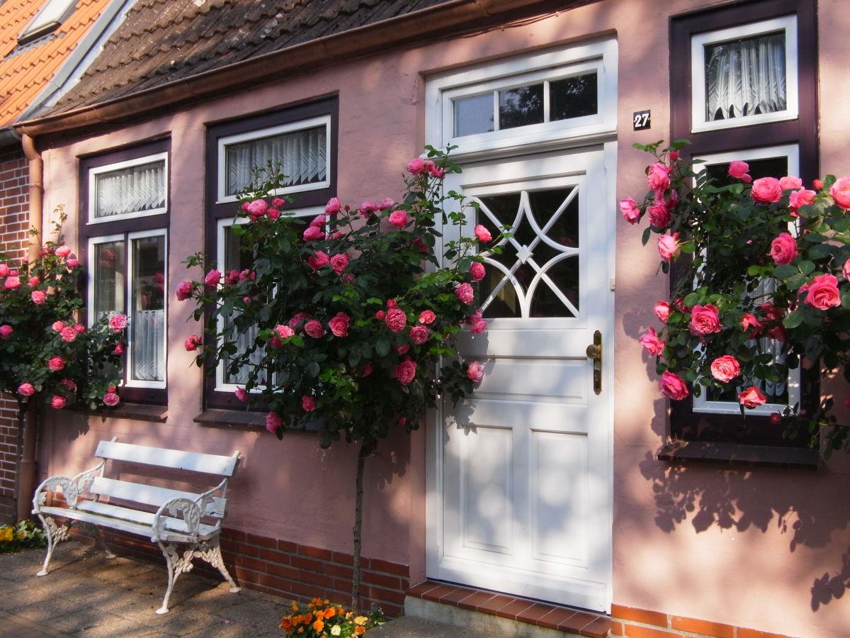 ferienhaus cornelius hansen 39 friedrichstadt nordsee herr jan melf carstens. Black Bedroom Furniture Sets. Home Design Ideas