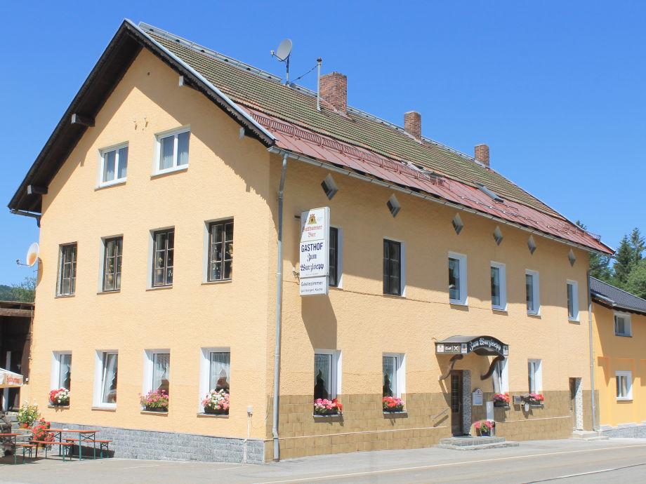 Haupthaus mit Wirtshaus