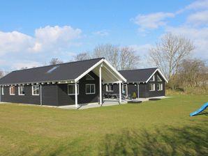 Ferienhaus Krabbe Aktivhus (J207)