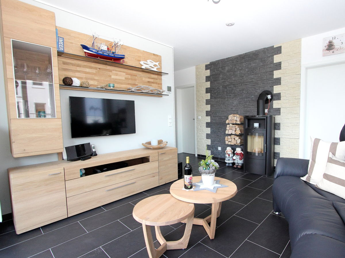 ferienwohnung 5 komfort meeresrauschen l becker bucht. Black Bedroom Furniture Sets. Home Design Ideas