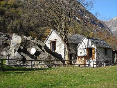 Stone cottage (Rustico)