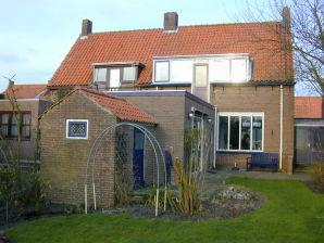Ferienhaus Noordstraat 7