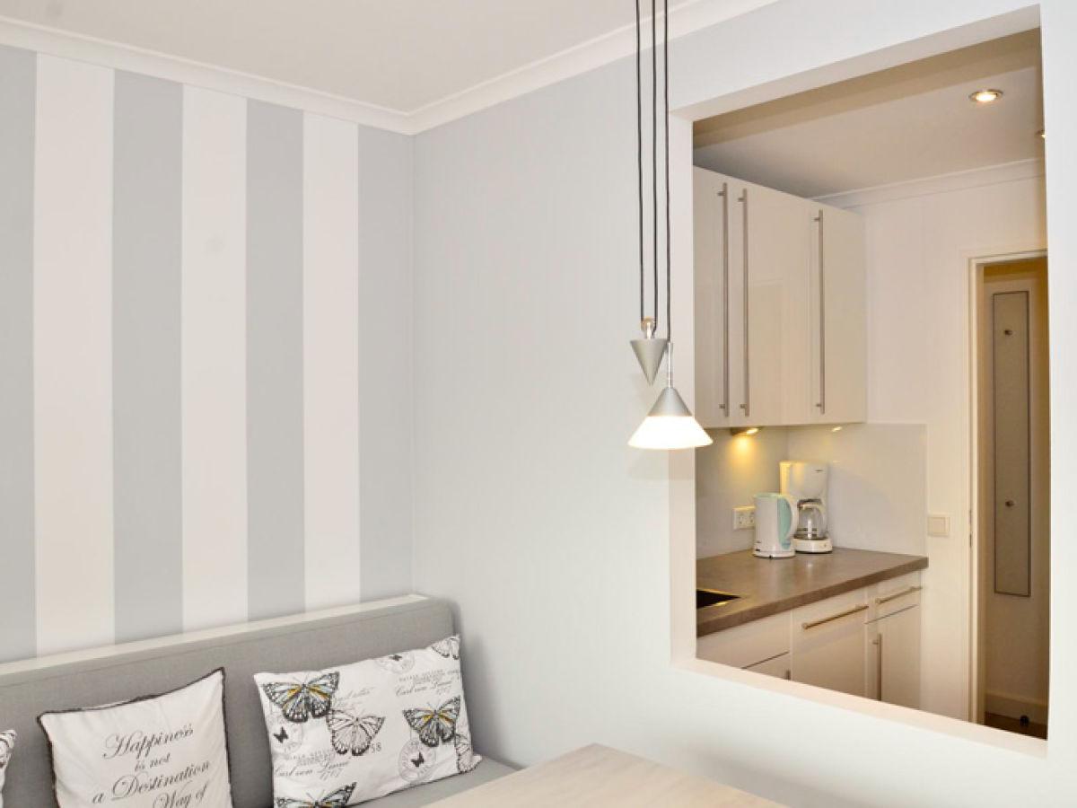 ferienwohnung haus metropol ad84 sylt firma wiking. Black Bedroom Furniture Sets. Home Design Ideas