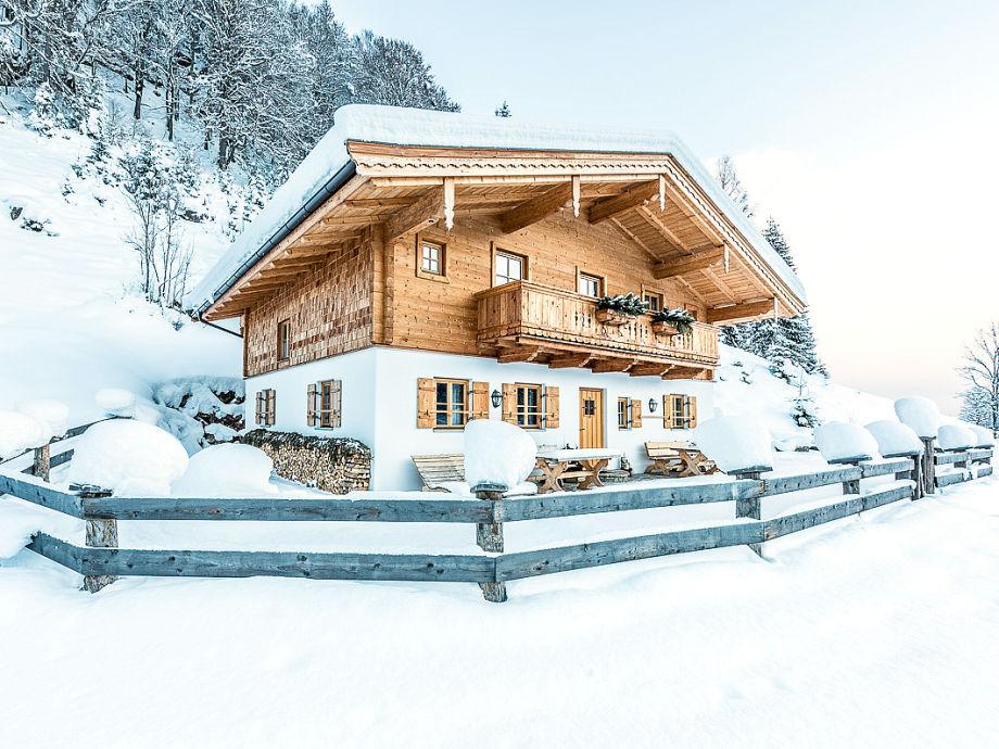 Außenansicht der Ferienwohnnung im Winter