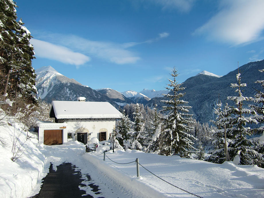 Südfassade/Alvaneu im Winter