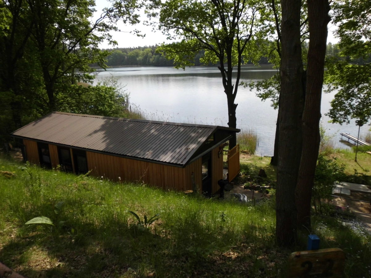 Ferienhaus Kleines Jagdhaus am See, Wesenberg, Frau Maren Giering