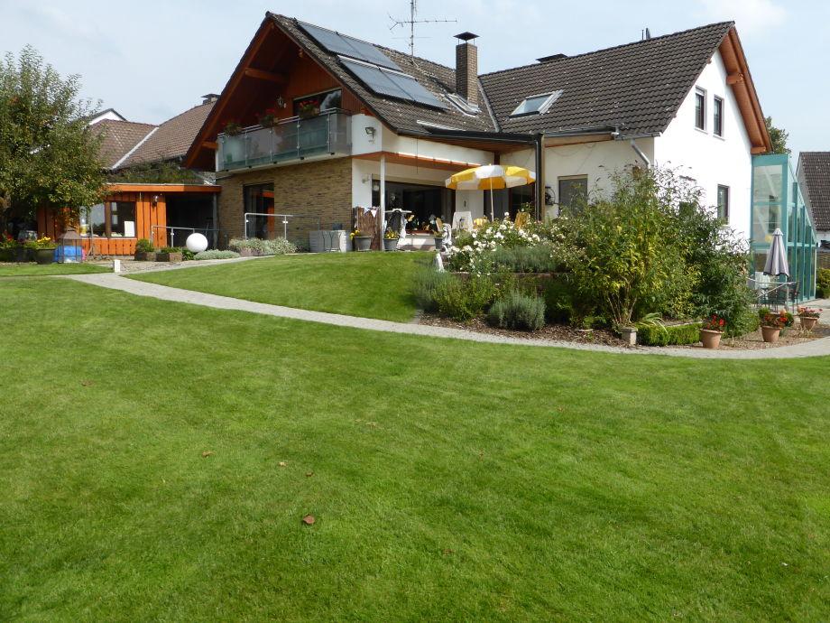 Haus Blick aus dem Garten
